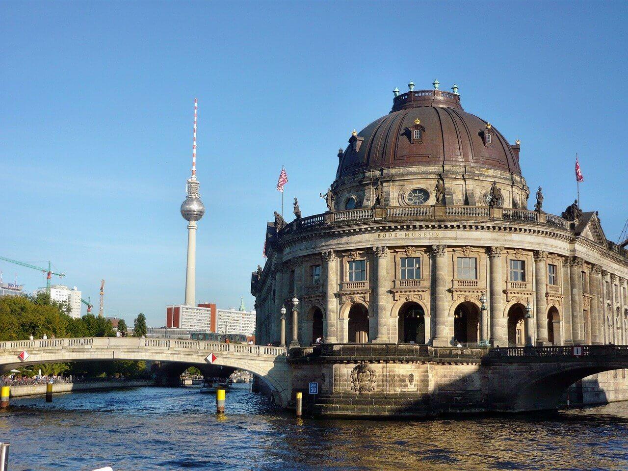 Müze Adası Berlin Museum Island Bode