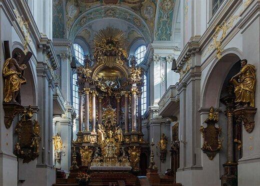 Peterskirche_Munich-turrehberin