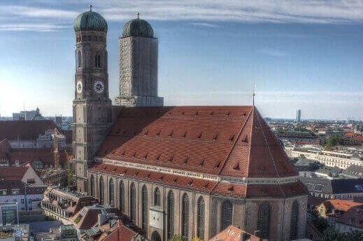 frauenkirche-turrehberin