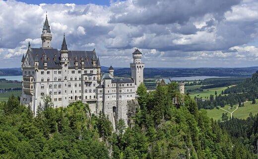 neuschwanstein-castle-turrehberin