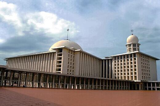 Istiqlal_Mosque-turrehberin