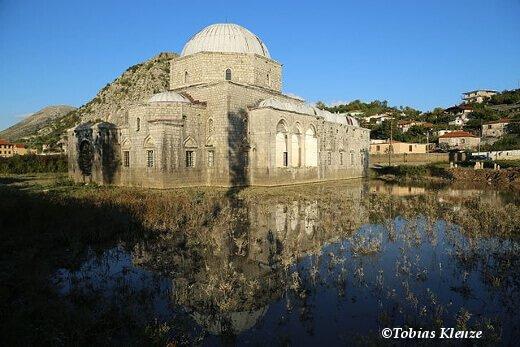 Lead_Mosque,_Shkodër_0214-turrehberin