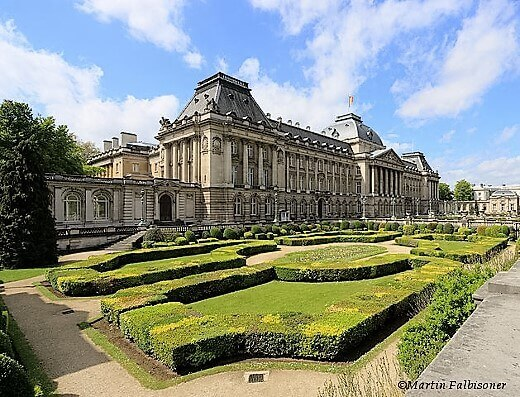 Royal_Palace_in_Brussels-turrehberin