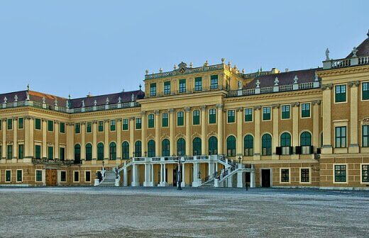 schönbrunnpalace-turrehberin