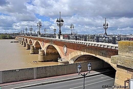 bordeaux_pont_de_pierre-turrehberin