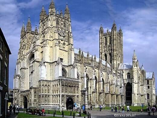 canterbury_cathedral-turrehberin