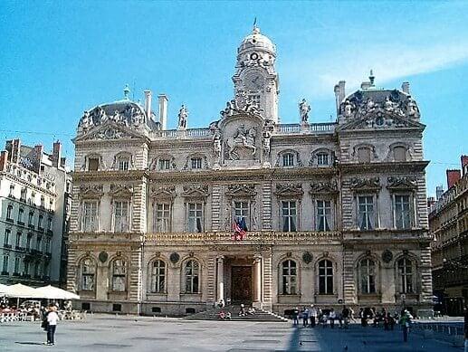 hotel_de_ville_de_lyon-turrehberin