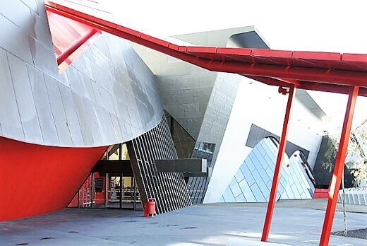 national_museum_of_australia-turrehberin