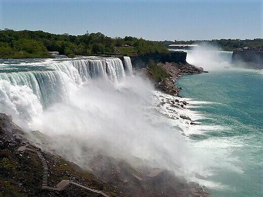 Niagara falls-turrehberin