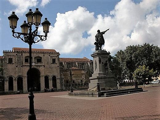 parque_colon-santodomingo-turrehberin