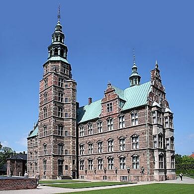rosenborg-castle-turrehberin