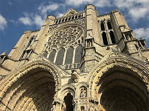 chartres-cathedral-turrehberin