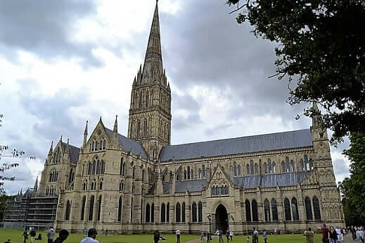salisbury-cathedral-turrehberin