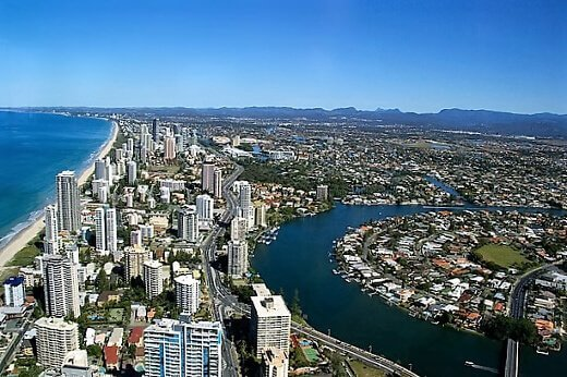 gold-coast-city-turrehberin