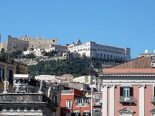 Castel_Sant'_Elmo_e_Certosa_di_San_Martino-turrehberin