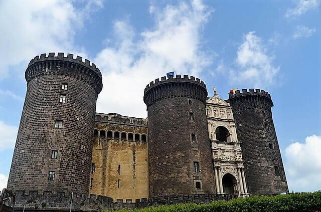 Nuovo Castle-turrehberin