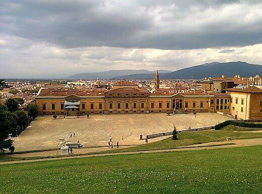 Palazzo Pitti-turrehberin