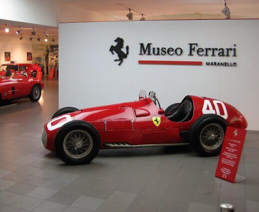 Ferrari Müzesi-turrehberin