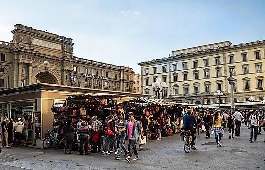 Piazza della Repubblica-turrehberin