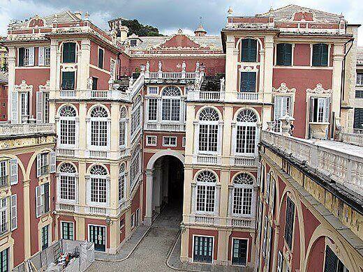 Palazzo Reale-turrehberin