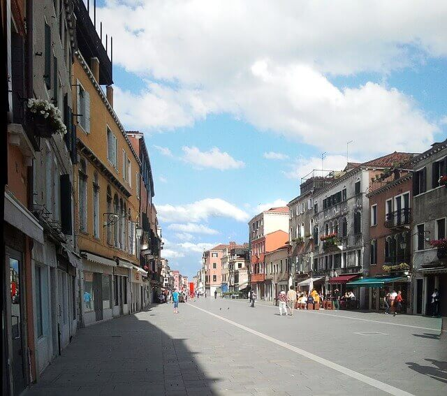 Via Garibaldi-turrehberin