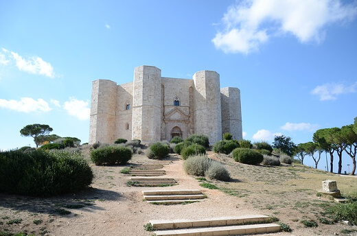 Castel del Mondo - Turrehberin