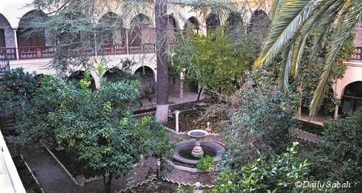 Ahmet Bey Sarayı-turrehberin